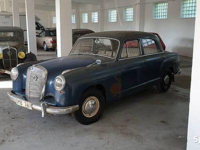 używany Mercedes 219 PontonW105 Super baza, Świetny stan - Zobacz