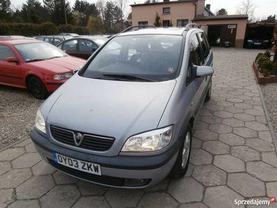używany Opel Zafira Zafira 1.8dm3 116KM 2003r. 151 000km sprzedam1,8 benzyna klima hak