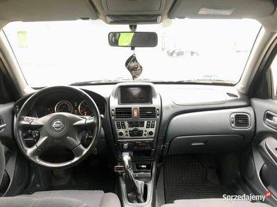 używany Nissan Almera