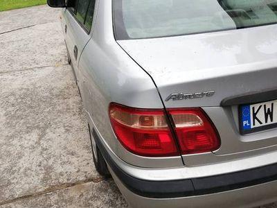 używany Nissan Almera 1.8 benzyna