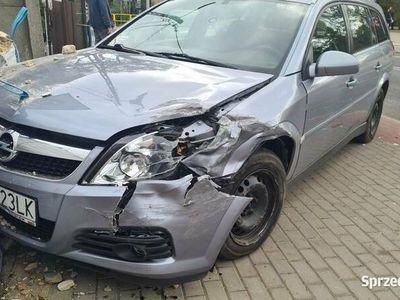 używany Opel Vectra 2006 1.9tdi na części
