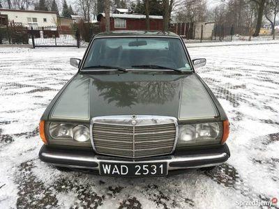używany Mercedes E300 D w123 1978 rok - samochód z historią