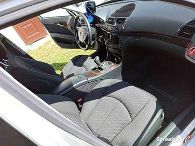używany Mercedes E220 W211 E KlasaCDI 150km manualna skrzynia