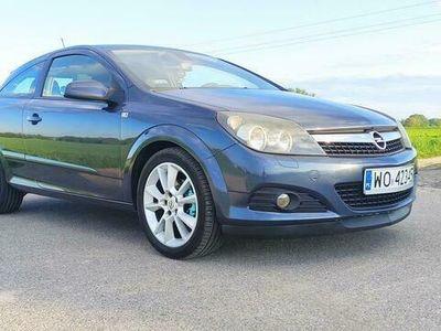 używany Opel Astra GTC Astra Astra H1.6 115KM Benzyna + LPG 3 Drzwi