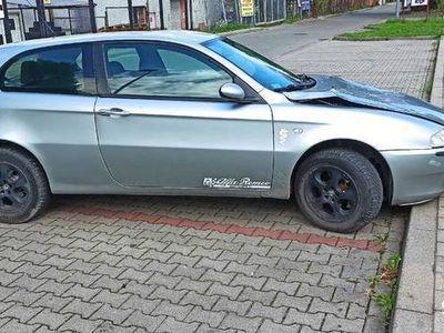 używany Alfa Romeo 147 jtd 1.9 85 kw uszkodzona