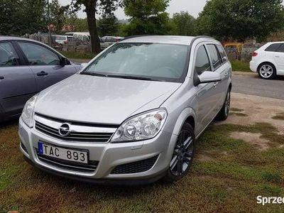 używany Opel Astra 1.7