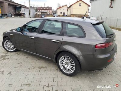 używany Alfa Romeo 159 Sportwagon 2009R 1.9 Diesel 8V 120KM