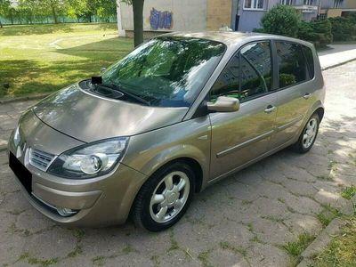 używany Renault Scénic II 1.9dm 130KM 2009r. 245 777km