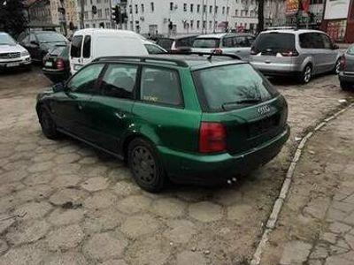 używany Audi A4 w całości na części ( 1.9 TDI 90KM).
