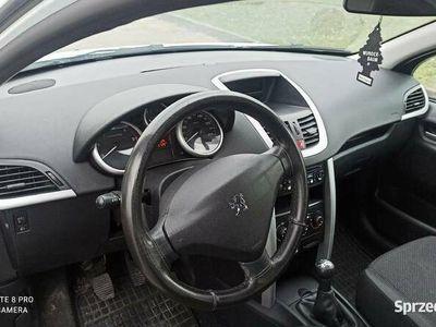 używany Peugeot 207 2012r.