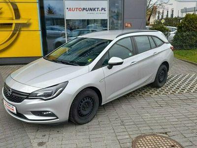 używany Opel Astra ESSENTIA Salon PL, FV23%, I-WŁ, Gwarancja Przebiegu i Serwisu