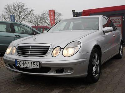 używany Mercedes E270 2.7dm 177KM 2004r. 218 000km