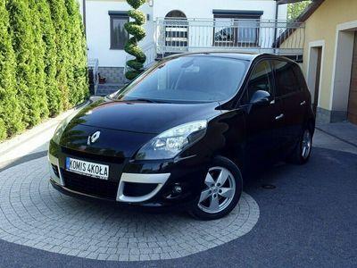 używany Renault Scénic III 1.6dm 110KM 2010r. 206 000km