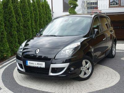 używany Renault Scénic 1.6dm 110KM 2009r. 119 000km