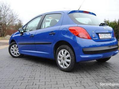 używany Peugeot 207 1.4dm 74KM 2007r. 124 000km