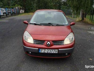 używany Renault Scénic II 1.6dm 112KM 2006r. 275 000km