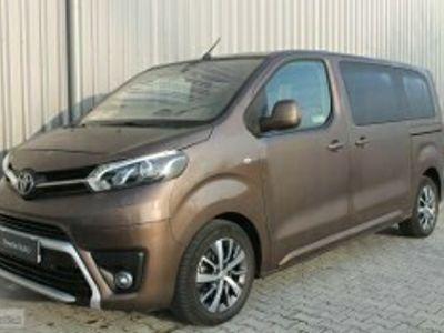 używany Toyota Proace 2.0 D4-D Medium Family + Comfort