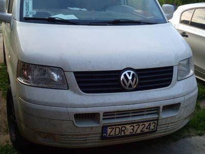 używany VW T5 LONG BENZYNA. GAZ. 9 OS