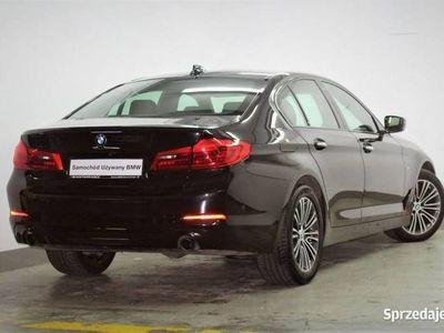 używany BMW 520 2dm3 190KM 2018r. 35 000km 190km xDrive Sport Line Salon PL NAVI Kamera Asystent parkowania VAT