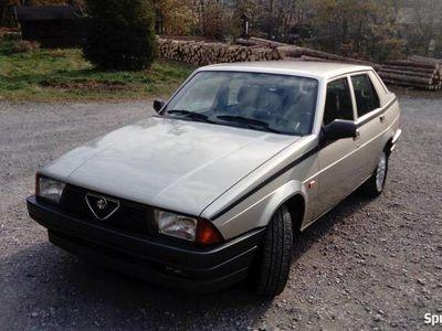 używany Alfa Romeo 75 1.6 gażniki