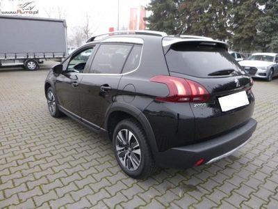 używany Peugeot 2008 2008 1.2dm3 110KM 2017r. 30 352km1.2 Pure Tech Allure S&S EAT6 FV 23%, Gwarancja!!
