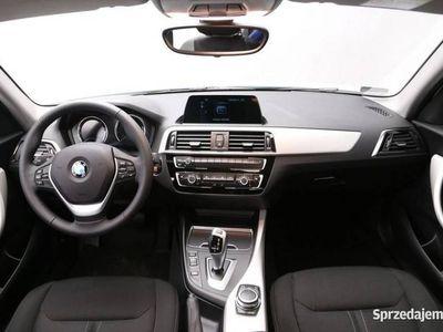 używany BMW 118 i 5-drzwiowy