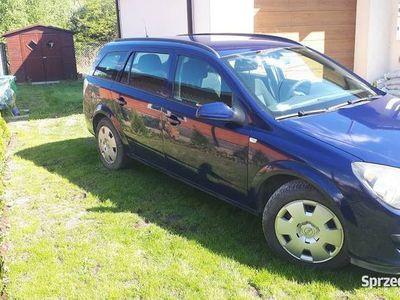 używany Opel Astra kombi 1,7 enjoy cdti 74KW - 2006r