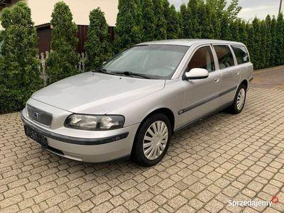 używany Volvo V70 2,4 turbo benzyna 200 KM 2002r 245000 km