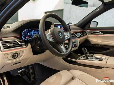 używany BMW 730 G12 3.0 265KM