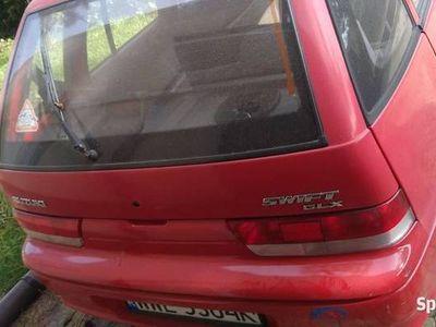 używany Suzuki Swift 1.0 benzyna 2001 przebieg 98tys. Km