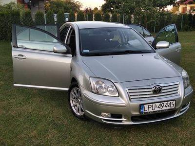 używany Toyota Avensis 2.0 D4D 116KM, 2003rok
