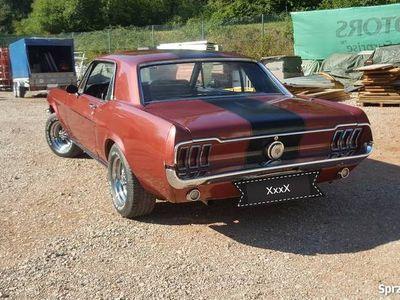używany Ford Mustang GT 1968r Manual Szpera Kompletny