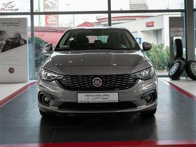 używany Fiat Tipo Tipo 1.4dm3 95KM 2018r. 4 240kmHB 1,4 16v 95 KM Lounge, rok pr.2018