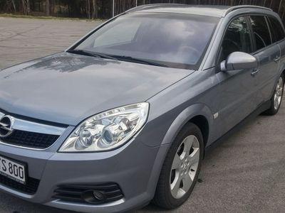 używany Opel Vectra 1.9dm 150KM 2008r. 224 875km