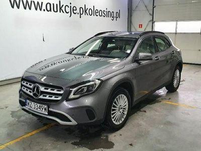 używany Mercedes GLA200 1.6dm 156KM 2017r. 21 070km