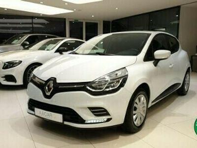 używany Renault Clio IV 1.5dm 75KM 2017r. 88 596km