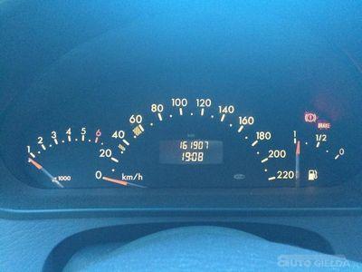 używany Mercedes A140 A 140 W168 / 1.4 BENZYNAW168 / 1.4 BENZYNA