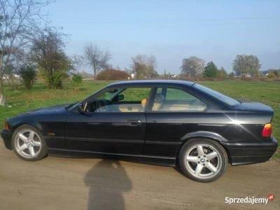 używany BMW 323 e36 i