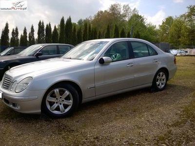 używany Mercedes E220 2.2dm 150KM 2003r. 229 000km