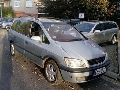 używany Opel Zafira 1.8 z gazem 7 os