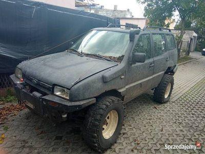 używany Nissan Terrano