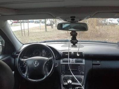 używany Mercedes C180 w203 czarny jak nowy