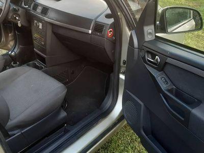 używany Opel Meriva ładna