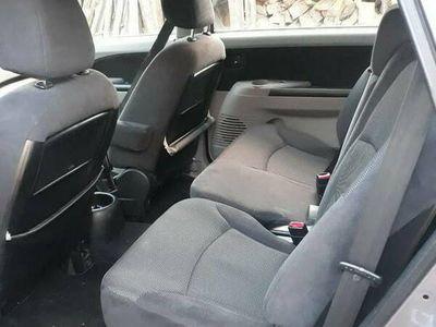 używany Mitsubishi Grandis