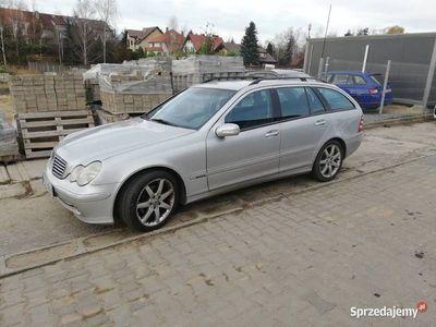 używany Mercedes C180 2,0 benzyna + gaz zarejestrowany