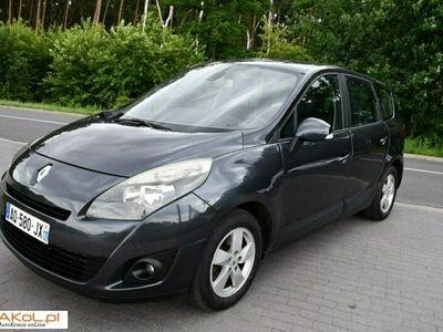 używany Renault Scénic 1.5dm 105KM 2010r. 295 775km