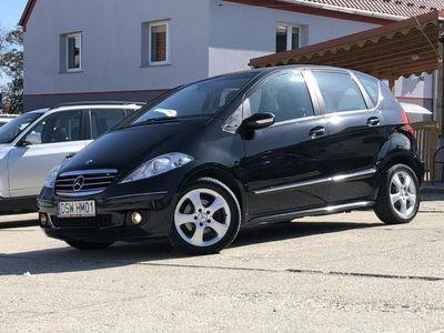 używany Mercedes A150 1.5dm 95KM 2006r. 200 000km