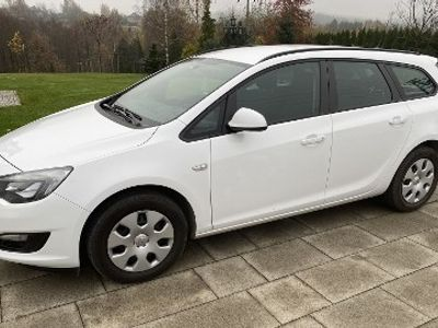 używany Opel Astra Sports Tourer Enjoy Faktura VAT