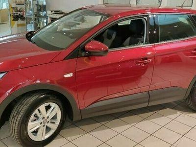 używany Opel Grandland X 1.2dm 130KM 2021r. 2km