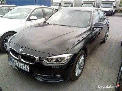 używany BMW 318 2dm 150KM 2018r. 20 381km